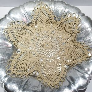Vintage set of 3 Cream colored lace doillies